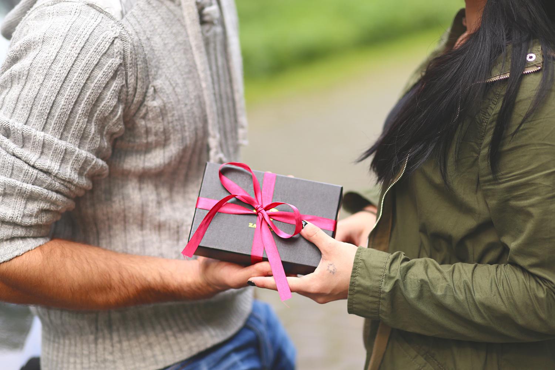 Prezent na Walentynki dla męża – najlepsze propozycje!
